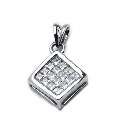 14k white gold diamond pendant ; Diamond weight : .45ctw