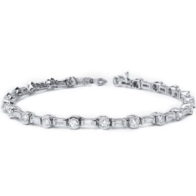 14K White Gold Diamond Bracelet; Diamond Weight: 3.70 ctw