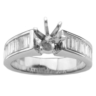 14K White Gold Diamond Engagement Ring; Diamond Weight 1.50 ctw