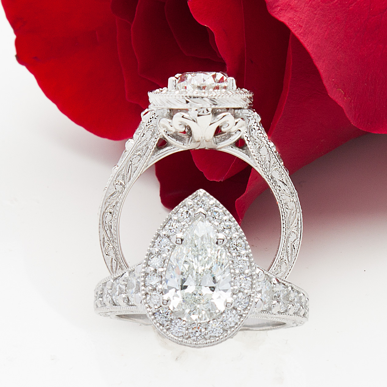 Houston-Inspired Custom Engagement Rings Ideas