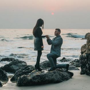 Top 10 Proposal Ideas 2018 with Engagement Rings to Match