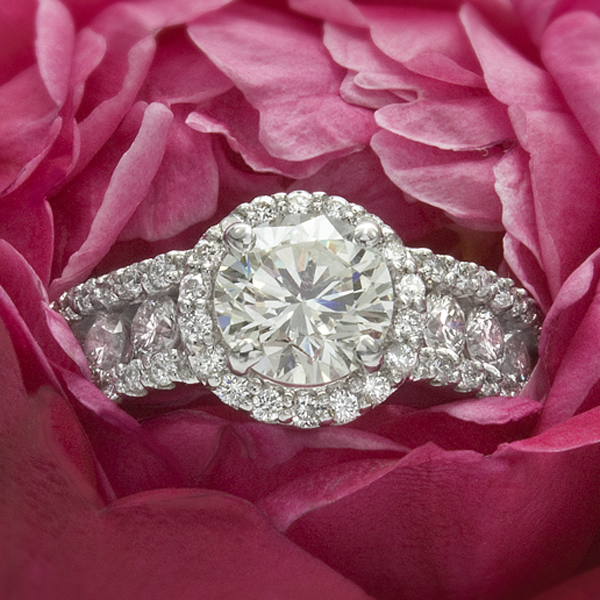 Custom Round Halo Engagement Ring